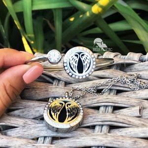 Jewelry - Silver Angel Wings Aromatherapy Necklace& Bracelet